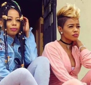 Kelly Khumalo and her sister Zandie Khumalo have cut ties with each other